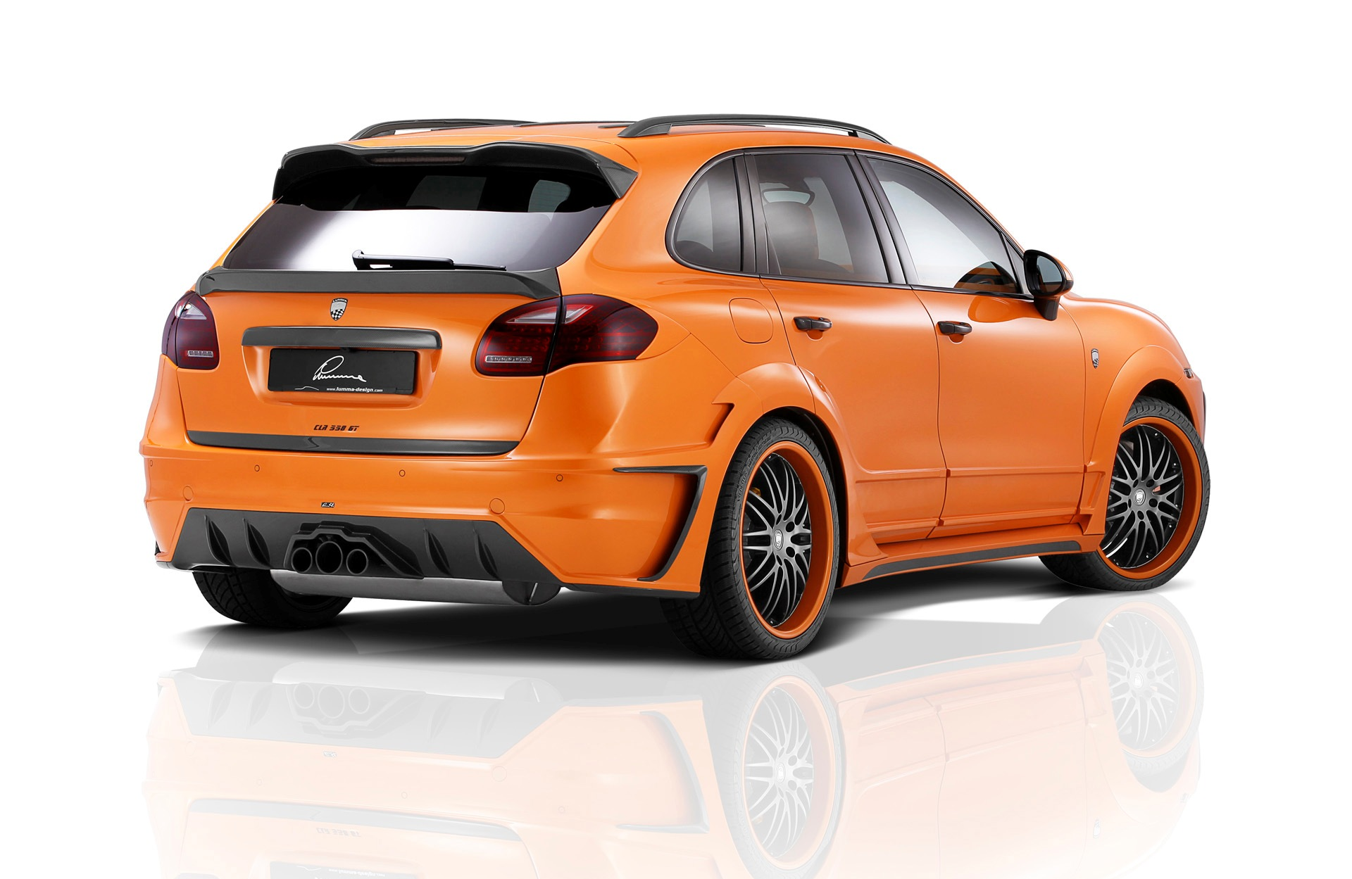 2012-Lumma-Design-Porsche-Cayenne-Orange-Metallic-Studio-6-1920x1440